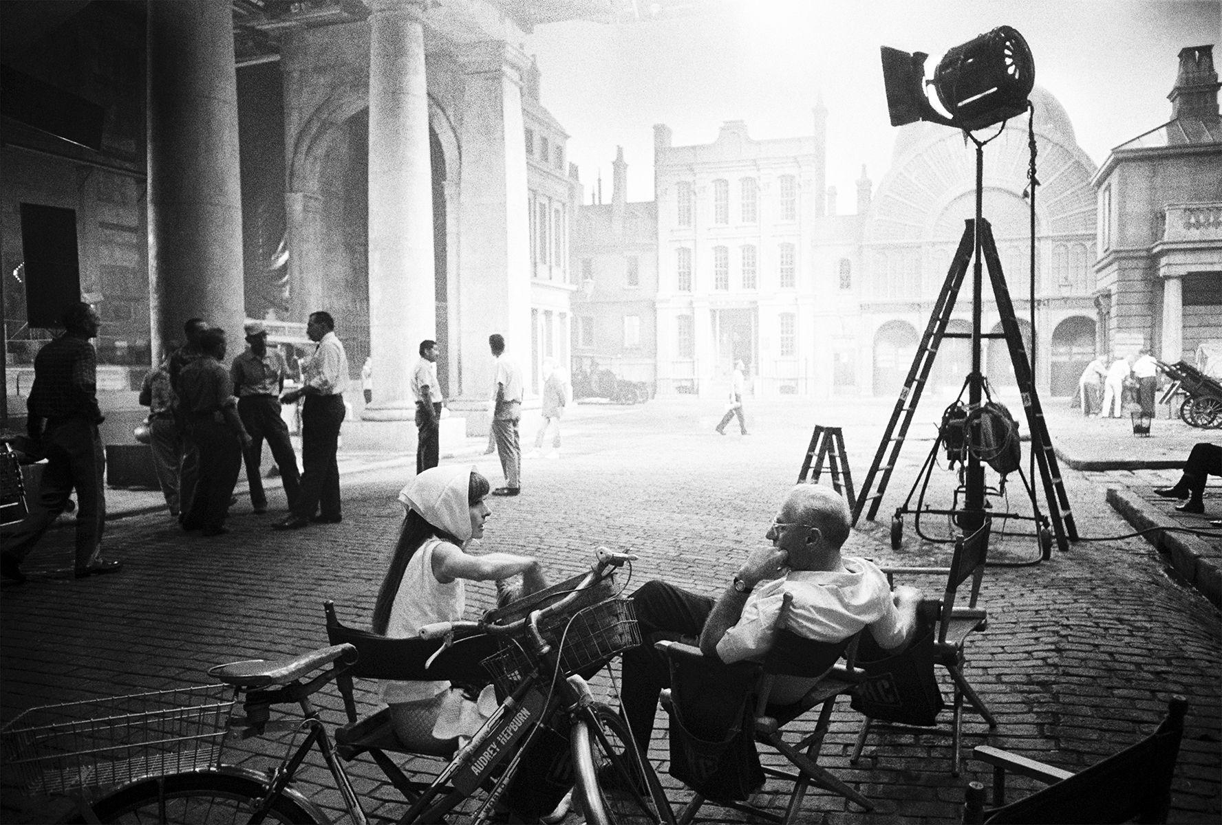 Audrey, Cukor, Covent Garden Set
