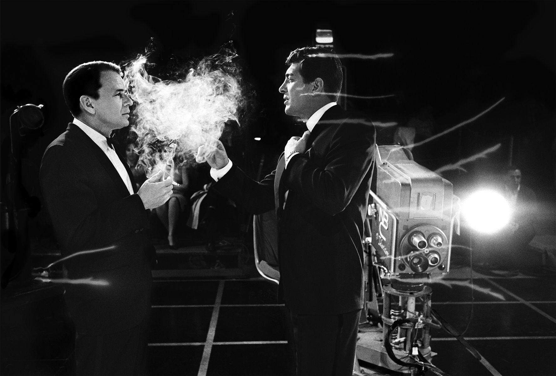 Frank Sinatra & Dean Martin, Smoke