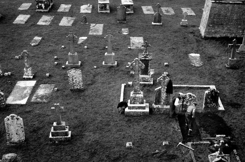 Irish Gravediggers; Cashel, 1957.