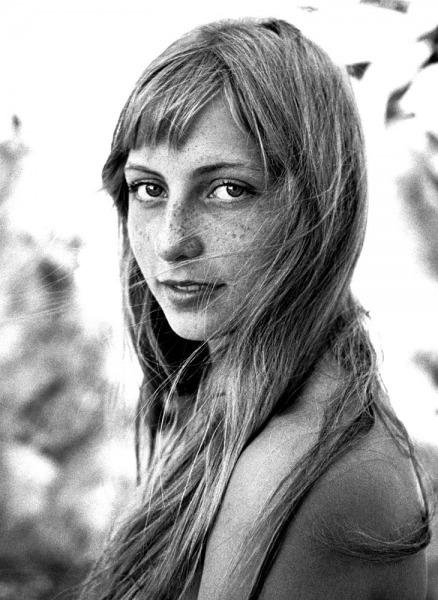 Sophia-Potemkine-portrait-La-Lavandu-France1956